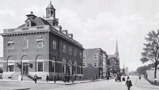 The first local federal building, 1906...the steeples in the background on Liberty are the Centenary Methodist Episcopal Church (l) and the Methodist Protestant Church.